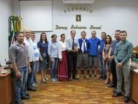 CTG Sinuelo da Serra presta homenagem ao Legislativo