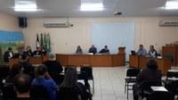 Sessões da Câmara acontecem na Escola Leonora